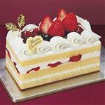 【クリスマス予約】【12月22日、23日、24日、25日の配送になります】 3種のベリーショートケーキ 縦約7cm×横約13.8cm×高さ約6cm